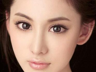 切开双眼皮有疤痕需要做手术切除吗
