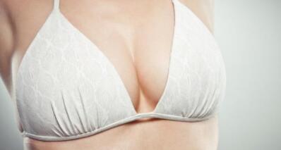 自体脂肪丰胸的价格一般是多少?自体脂肪丰胸手术之后,应该注意什么?