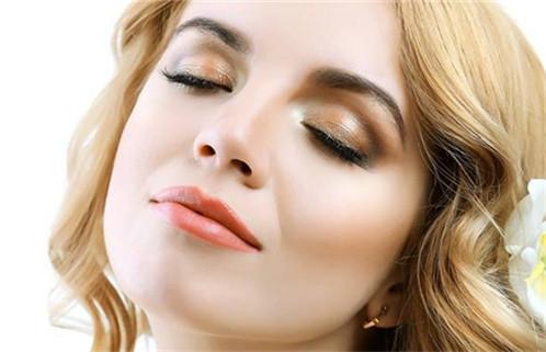 面部吸脂手术在什么情况下进行最好呢