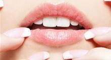 如何护理唇部手术后的嘴唇...